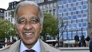 Ein Porträtbild von dem Klimaforscher Prof. Dr. Mojib Latif auf dem Jungfernstieg in Hambrg. © picture alliance/Eventpress Foto: Eventpress MP