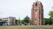 Ein schiefer Turm in Leeuwarden: Oldehove © NDR / Robert B. Fishman