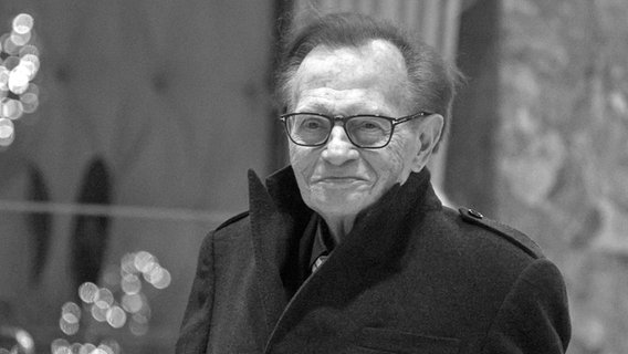 US-Talker Larry King (Archivfoto von 2016) © epa/dpa Foto: Albin Lohr-Jones