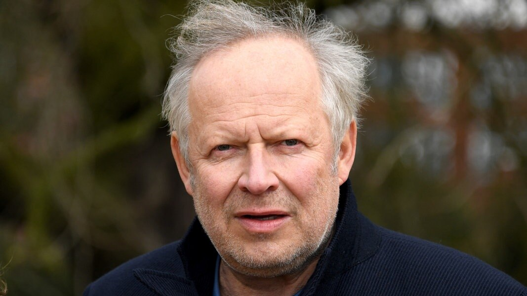 Axel Milberg zum neuen Tatort: Frauenhass im Internet