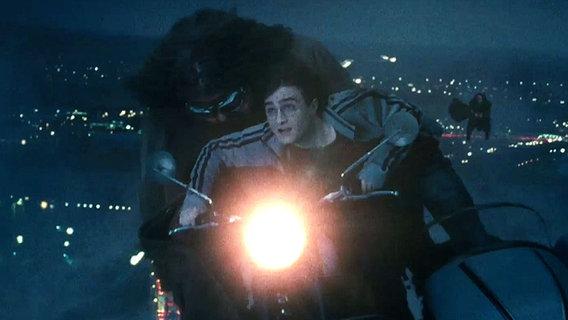 """Filmszene aus """"Harry Potter und die Heiligtümer des Todes"""" © © 2010 Warner Bros. Ent."""