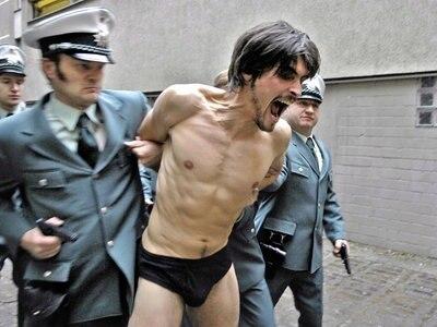 Die Verhaftung von Holger Meins (Stipe Erceg) © 2008 Constantin Film Verleih GmbH