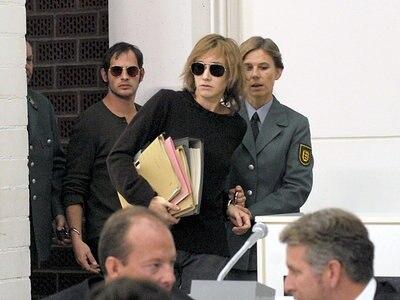 Im Gerichtssaal von Stammheim: Gudrun Ensslin (Johanna Wokalek) und Andreas Baader (Moritz Bleibtreu) © 2008 Constantin Film Verleih GmbH