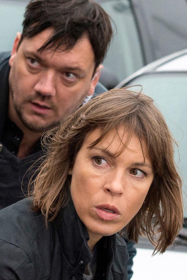 """""""Das Team vom Rostocker 'Polizeiruf 110' ist die schärfste Band der Welt"""": Anneke Kim Sarnau und Charly Hübner nehmen den Filmpreis """"Roland"""" entgegen"""