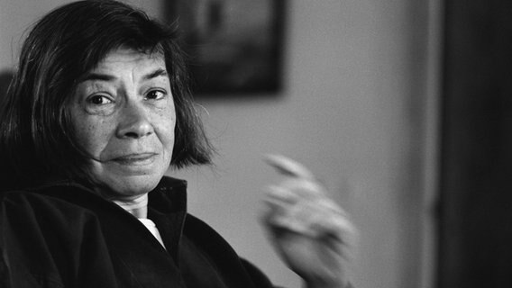 Patricia Highsmith im Porträt © imago images / Leemage
