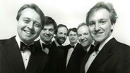 Pressefoto: The King's Singers (1994 -1996), David Hurley, Bruce Russell, Philip Lawson, Stephen Connolly, Bob Chilcott, Nigel Short (von links) © The King's Singers