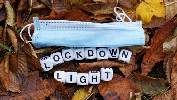 """Lockdown light"" im Herbst? © picture alliance / foto2press Foto: Oliver Zimmermann"