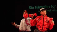 "Szenenbild aus ""Hipster the King"" © Festival Theaterformen/Wardphan Diloksambandh Fotograf: Wardphan Diloksambandh"