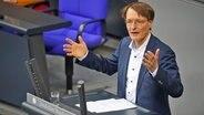 Der SPD-Bundestagsabgeordnete Karl Lauterbach © imago images / Stefan Zeitz