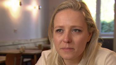 Journalistin Juliane Leopold im Interview mit ZAPP. © NDR Foto: Screenshot