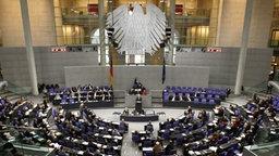 Beratung im Bundestag. © dpa - Bild Fotograf: Tim Brakemeier