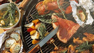 rezept rindersteaks vom grill mit vier dips ratgeber kochen. Black Bedroom Furniture Sets. Home Design Ideas