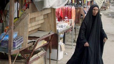 Straßenszene in Bagdad (21.11.2007) © dpa - Bildfunk Foto: Ali Abbas