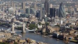 Luftaufnahme von London - Finanzdistrikt © picture-alliance/ dpa Foto: Dominic Lipinski 6144557
