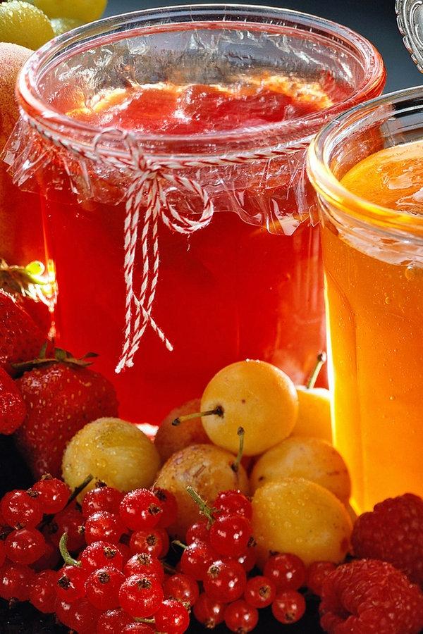 Marmeladen und Chutneys kochen