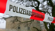 Themenbild: Polizeiabsperrung © dpa/Picture-Alliance