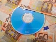 Eine CD mit Steuer-Daten könnte dem Fiskus Millionen einbringen. © dpa Fotograf: Eibner-Pressefoto