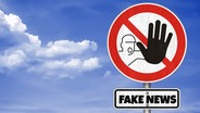 """Fake News""- Warnschild © fotolia.com Foto: gguy"