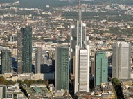 Das Frankfurter Bankenviertel aus der Luft. © picture-alliance / KPA/Euroluftbild Fotograf: KPA/Euroluftbild
