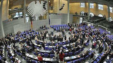 Der Bundestag in Berlin. © dpa Foto: Rainer Jensen
