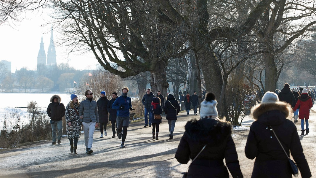 Kaum Bewegung bei der Inzidenz - wie geht's weiter in Hamburg? - NDR.de