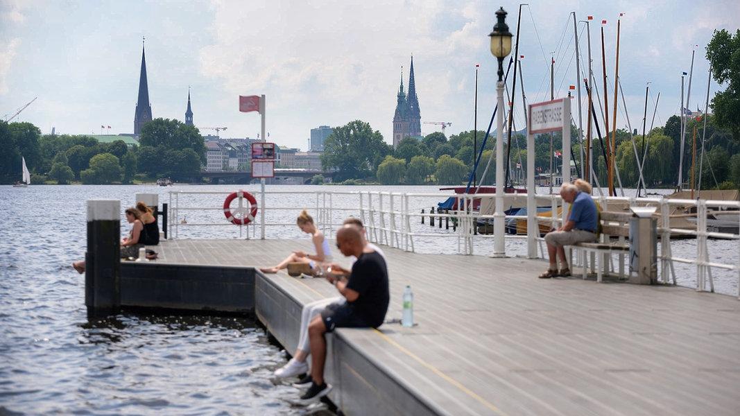 Image Corona-News-Ticker: Hamburg 54,5 - Inzidenzen im Norden steigen - NDR.de
