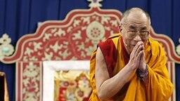 Der Dalai Lama in Hamburg © dpa