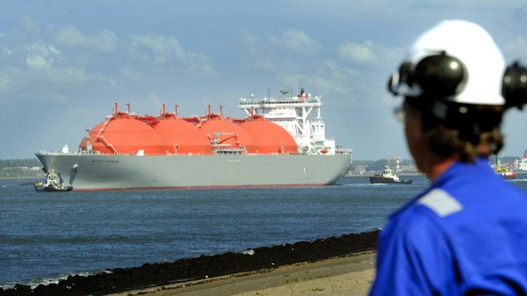 Umwelthilfe droht mit Klage gegen LNG-Terminal