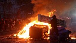 Brennende Barrikaden im Schanzenviertel © dpa-Bildfunk Fotograf: Bodo Marks;