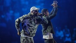 Andreas Bourani und Sido auf der Bühne beim Global Citizen Festival. © NDR Fotograf: Axel Herzig