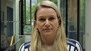 NDR Hamburg Journal Reporterin Ines Jacobi. © NDR