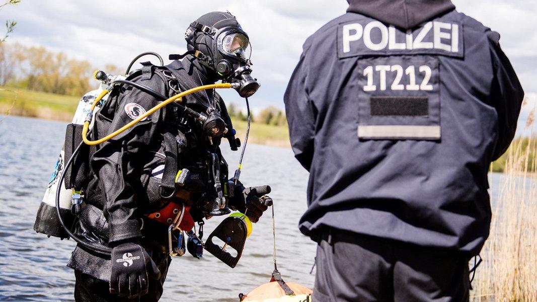Polizeitaucher
