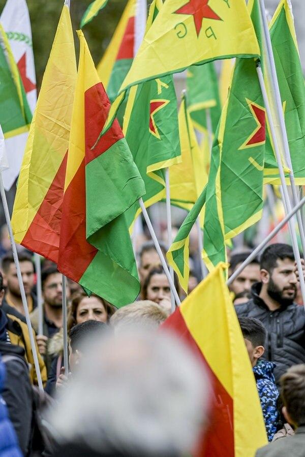 Demo solidarisiert sich mit Kurden in Syrien