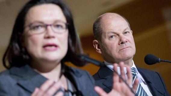 SPD-Spitze startet GroKo-Werbetour
