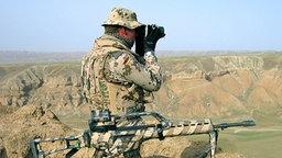 Bundeswehr-Soldat beim Einsatz in Afganistan © Picture-Alliance / dpa