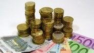 Euro-Münzen und -Scheine © picture-alliance/CHROMORANGE