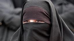 verschleierte muslimische Frau  Foto: FAROOQ NAEEM