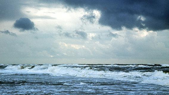 Stürmische Nordsee © dpa