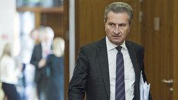 Der EU-Kommissar für Haushalt und Personal, Günther Oettinger. © dpa picture alliance Foto: Wiktor Dabkowski