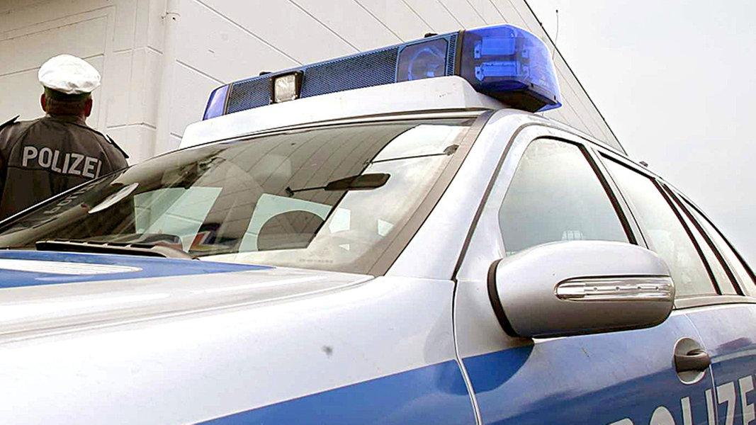 Ahrensburg: Mann stirbt nach Polizei-Fixierung - NDR.de