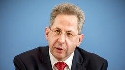 Ein Portätbild von Hans-Georg Maaßen, Präsident des Bundesamts für Verfassungsschutz. © picture alliance Foto: Michael Kappeler