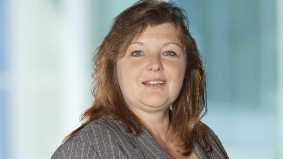 Linda Staude