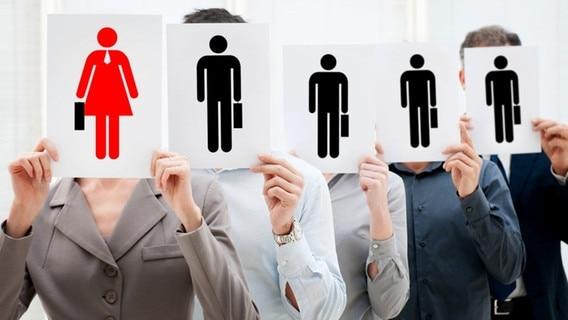 Corona Berichterstattung Manner Erklaren Die Welt Ndr De Fernsehen Sendungen A Z Zapp