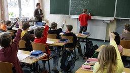 Unterricht in einem Klassenzimmer © dpa/picture-alliance Foto: Patrick Pleul