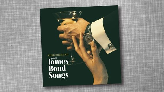 "CD-Cover  ""…plays James Bond Songs"" © Major Music Foto:"
