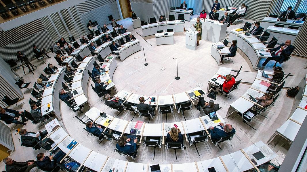 Situation der MV Werften erneut Thema im Landtag