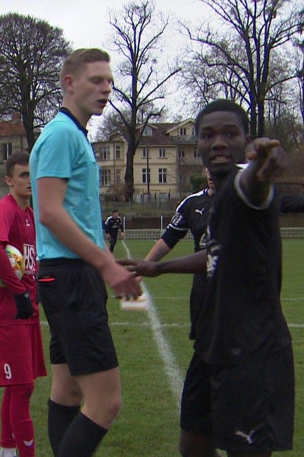 Rassismus? Spielabbruch im Amateur-Fußball