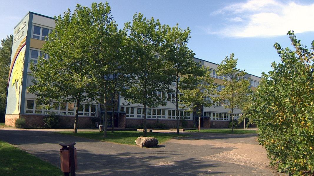 Corona an Rostocker Schule: 15 Infizierte