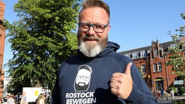 Der Däne Claus Ruhe Madsen (parteilos), bis vor kurzem Präsident der Industrie- und Handelskammer zu Rostock, Kandidat in der Oberbürgermeister-Stichwahl. | dpa-Bildfunk