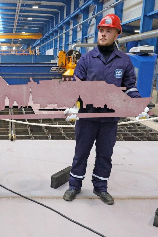 Baubeginn für zweites Riesen-Kreuzfahrtschiff